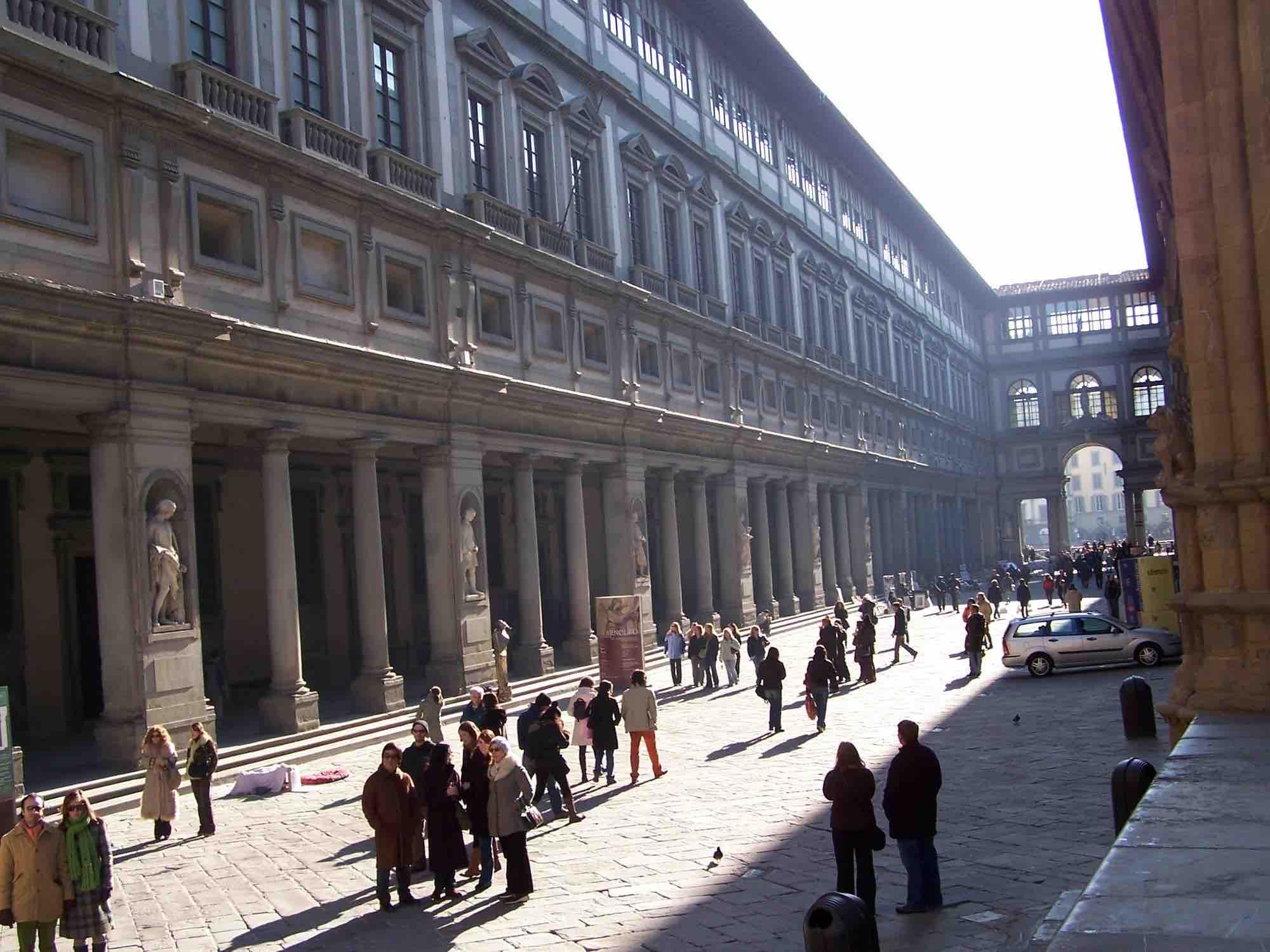 Galleria_degli_Uffizi_Florence